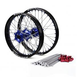Wheels, rims and hubs