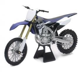 YAMAHA YZ450F MODEL 1:6