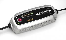 CTEK 12V 5 AMP BATTERY CHARGER